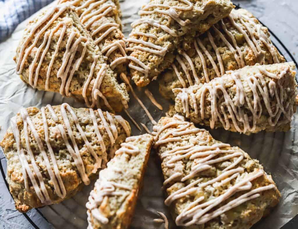 Easy cinnamon banana scones are thick and moist with a cinnamon cream cheese glaze.