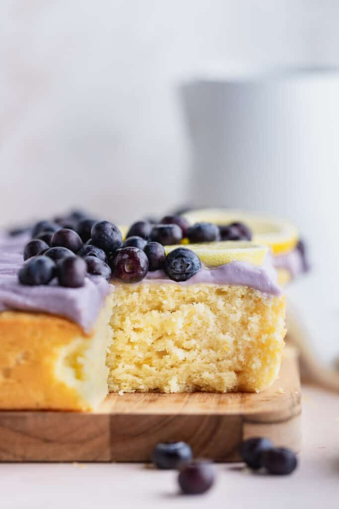 Side view of moist cake.
