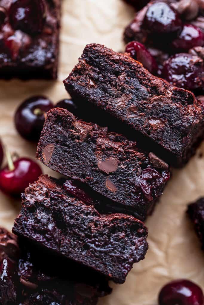 Side view of brownies.