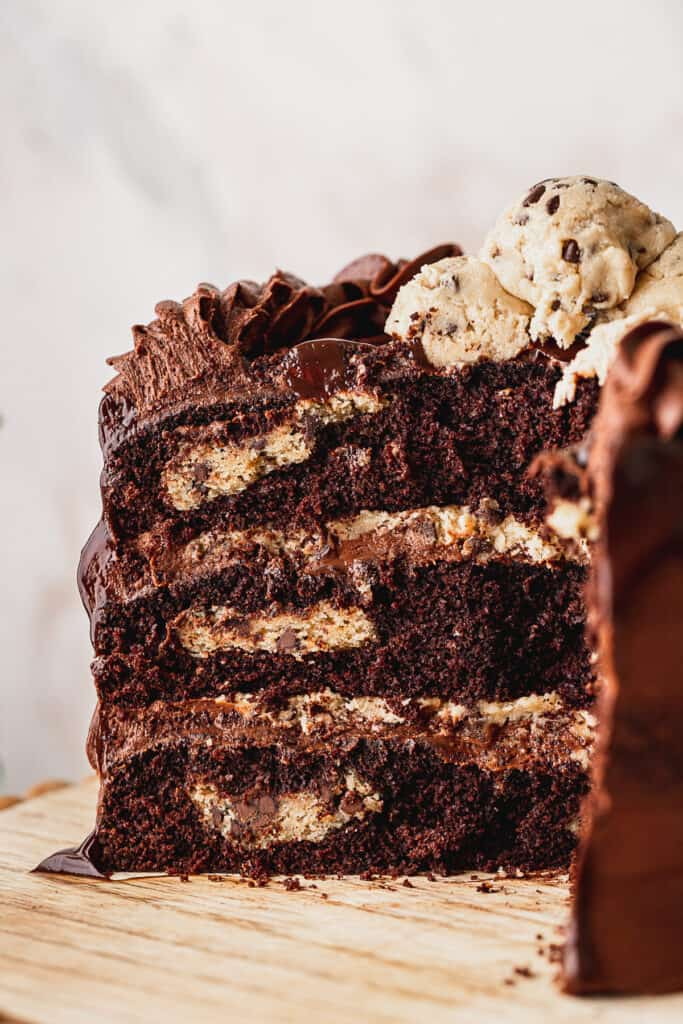 Close up of inside of chocolate brownie cookie cake.