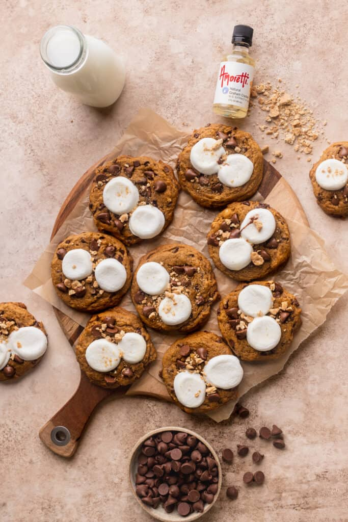 Tray of pumpkin s'mores cookies.